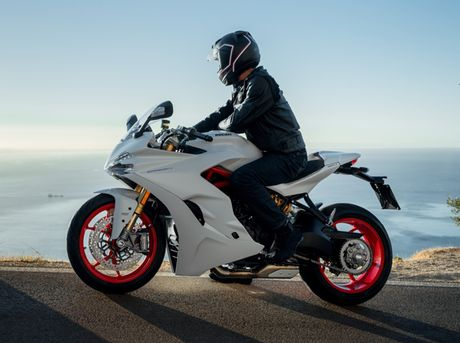 Can canh Ducati Supersport 2017: Chiec xe dep nhat EICMA 2016 - Anh 12