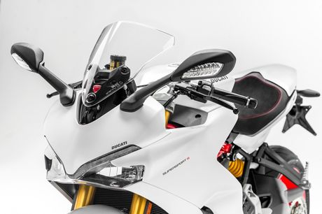Can canh Ducati Supersport 2017: Chiec xe dep nhat EICMA 2016 - Anh 15