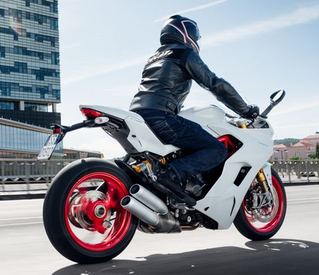 Can canh Ducati Supersport 2017: Chiec xe dep nhat EICMA 2016 - Anh 8