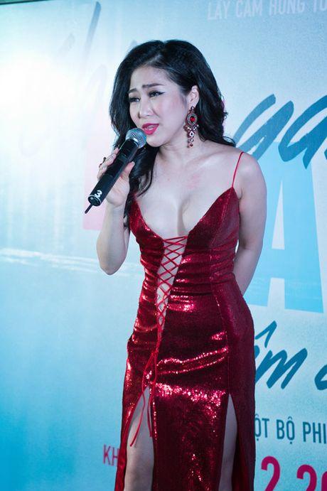 Muot mat ngam my nhan Viet chuong vay xe sau 'khong gioi han' - Anh 2