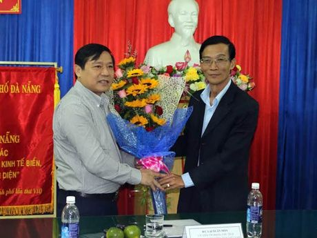 Chu tich T.U Hoi NDVN Lai Xuan Mon: 'Khong de nong dan bi o ep…' - Anh 2