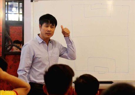 Huu Thang va DT Viet Nam phan tich diem manh yeu cua Indonesia - Anh 1