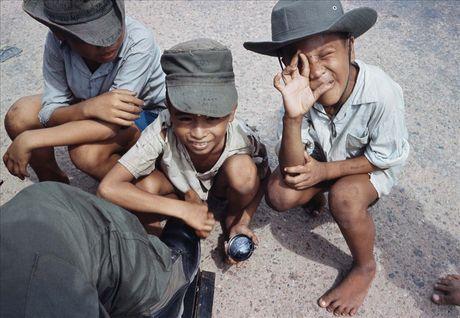 Sai Gon nam 1966 – 1967 trong anh cua Rick Parker (2) - Anh 11