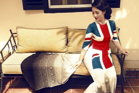 Mai Thu Huyen 'mang' the gioi vao ta ao dai Viet - Anh 12