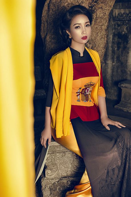 Mai Thu Huyen 'mang' the gioi vao ta ao dai Viet - Anh 8