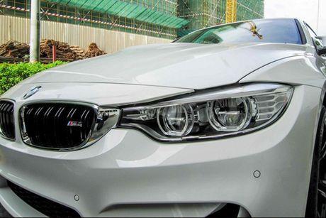 Hotgirl 'tho dan nguc tran' tau BMW M4 mui tran 4,2 ty - Anh 7
