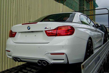 Hotgirl 'tho dan nguc tran' tau BMW M4 mui tran 4,2 ty - Anh 9
