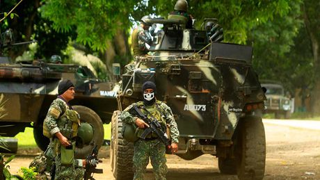Phat giac khung bo lien quan den IS, Philippines nang canh bao muc cao nhat - Anh 2