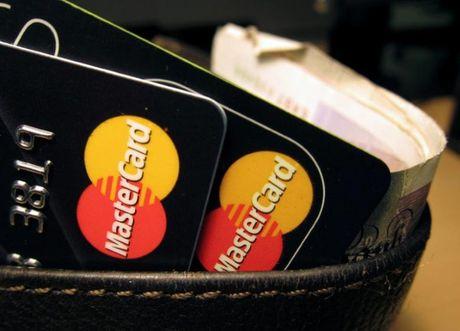 Anh: Mastercard va VeriFone cho ra mat ung dung mua hang tra gop tai cho - Anh 1