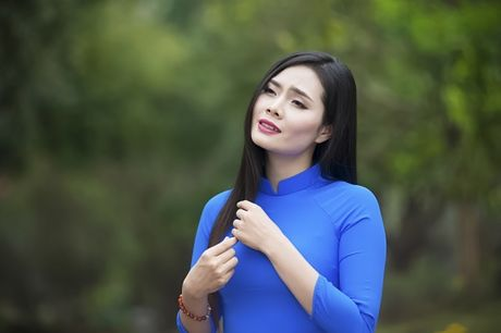 Sao mai Luong Nguyet Anh: 'Moi day thoi con nghe chu Quang Ly hat' - Anh 2