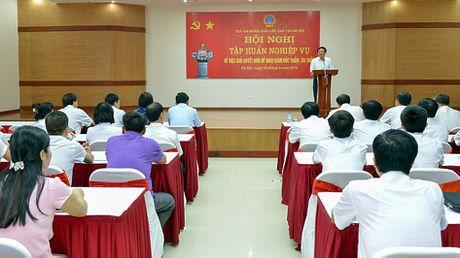 TAND cap cao tai Ha Noi: Xung dang duoc tang thuong 'Co thi dua cua TAND' va 'Co thi dua cua Chinh phu' - Anh 1