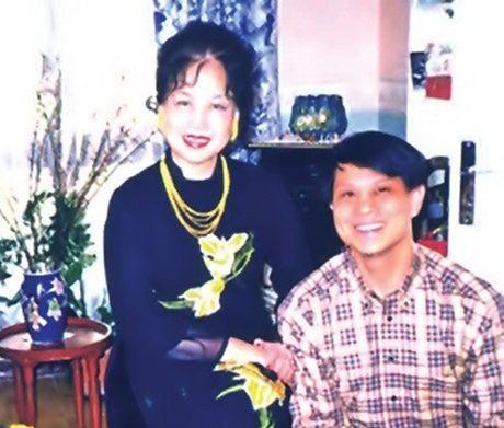 Cuoc doi day noi luc cua Hoa hau Viet Nam dau tien khong chong ma co con - Anh 5