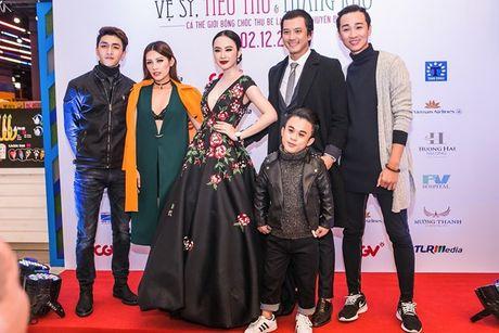 Angela Phuong Trinh 'dien sau' khi ra mat phim o Ha Noi - Anh 10