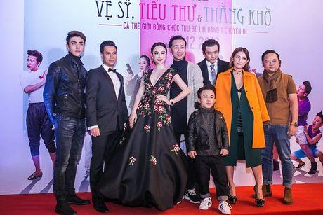 Angela Phuong Trinh 'dien sau' khi ra mat phim o Ha Noi - Anh 12