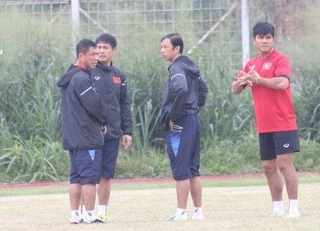 BAN TIN The thao: Tuyen Viet Nam tap san toan 'o ga' - Anh 1