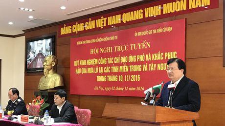 Mua lu o mien Trung, Tay Nguyen gay thiet hai 7.200 ty dong - Anh 1