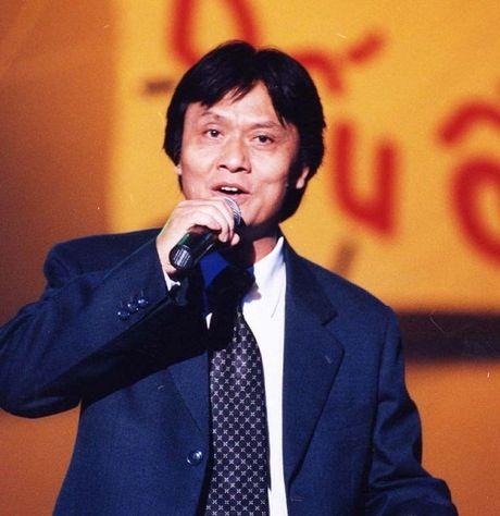 NSUT Quang Ly qua doi: Nhieu nghe si hut hang, dau xot - Anh 1