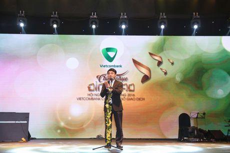 "Vietcombank so giao dich to chuc thanh cong hoi nghi khach hang than thiet nam 2016 voi chu de ""Chinh phuc dinh cao"" - Anh 1"