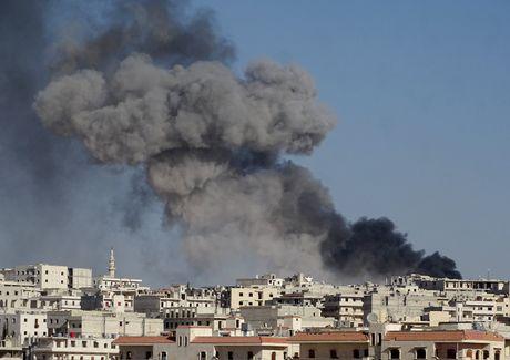 Chien su Aleppo: Nga tung dam phan dinh chien bi mat voi phien quan - Anh 1