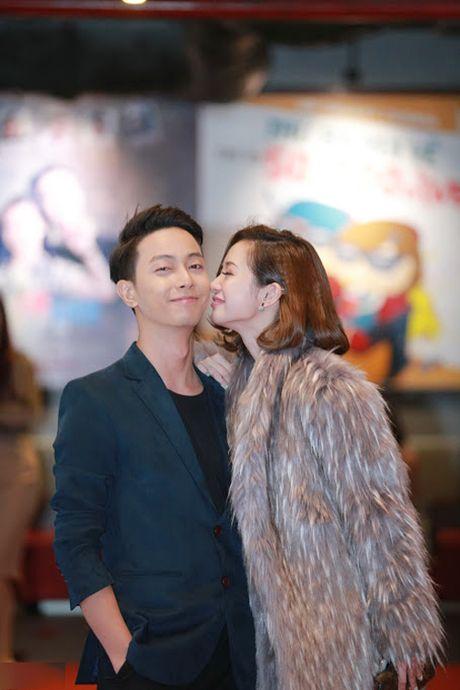 Cuu danh thu Hong Son dua con gai ut di su kien - Anh 4