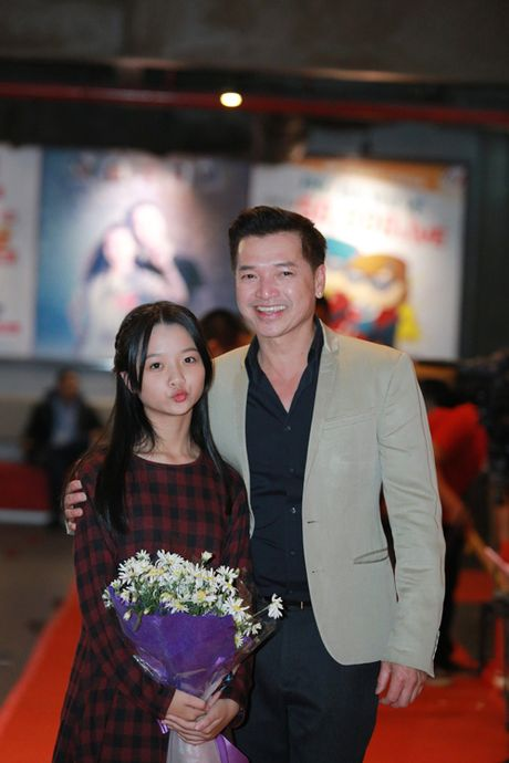 Cuu danh thu Hong Son dua con gai ut di su kien - Anh 5
