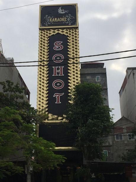 Bac Ninh: Hang loat co so caraoke bi lien doan lien nganh 'so gay' - Anh 1