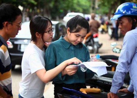 Bo Giao duc & Dao tao khong phat hanh tai lieu huong dan on tap thi - Anh 1