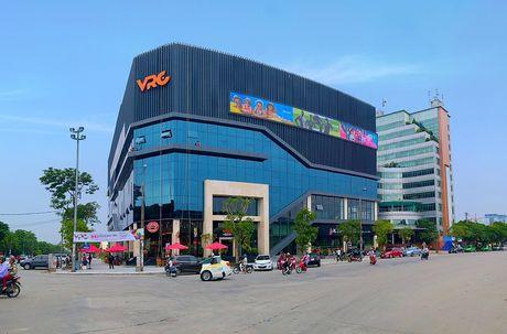 Chieu nay (2/12) chinh thuc khai truong Trung tam giai tri VRC - Anh 1