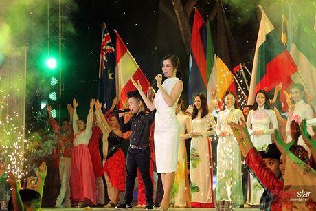 Nhat Minh bat ngo hoi ngo Milana, song ca 'cuc ngot' cung HLV Dong Nhi - Anh 10