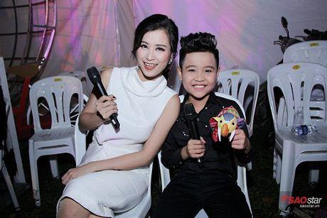 Nhat Minh bat ngo hoi ngo Milana, song ca 'cuc ngot' cung HLV Dong Nhi - Anh 2