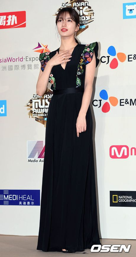 Tham do MAMA 2016: Taeyeon cuc xinh dep, do sac 'muoi phan ven muoi' ben Suzy - Anh 17