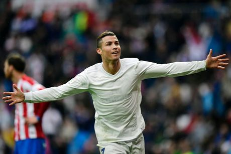 Messi, Ronaldo va 10 chan sut vi dai nhat lich su Sieu kinh dien - Anh 9