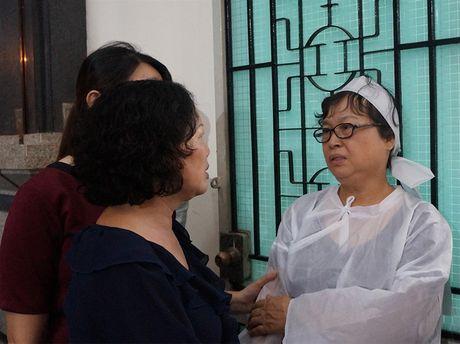 Gia dinh, ban be van chua tin... NSUT Quang Ly ra di - Anh 6