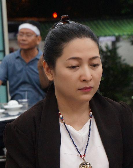Gia dinh, ban be van chua tin... NSUT Quang Ly ra di - Anh 9