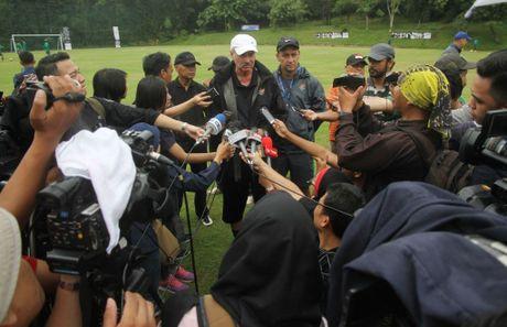 Indonesia mai sac vu khi so truong de dau tuyen Viet Nam - Anh 9