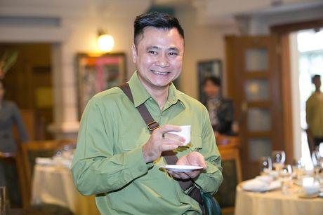 Tu Long nhin Xuan Bac nhu nhin com song - Anh 1