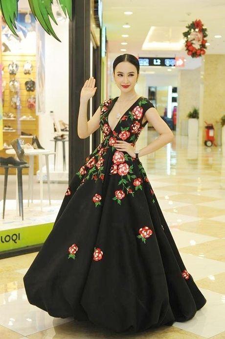 Angela Phuong Trinh dien vay ho bao bat chap gia lanh - Anh 2