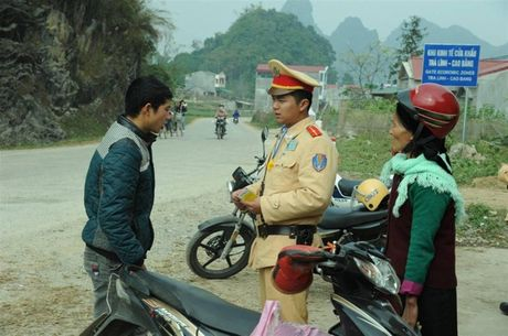 Cao Bang quyet keo giam nguoi tu vong do TNGT - Anh 1