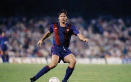 El Clasico: Doi hinh ket hop cac huyen thoai cua Barca voi Real - Anh 4