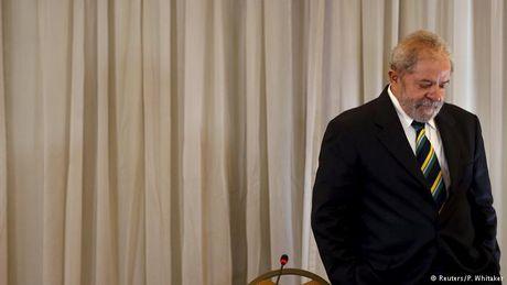 Cuu Tong thong Brazil Lula da Silva bac bo cao buoc tham nhung - Anh 1