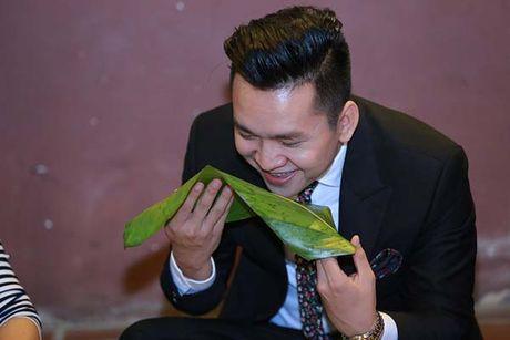 MC Hanh Phuc, dien vien Dieu Huong trong khong gian Tet co truyen - Anh 1