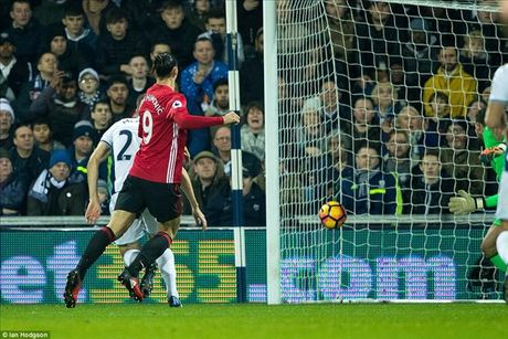 West Brom 0-2 Man United: Ai con dam che Ibrahimovic !? - Anh 2
