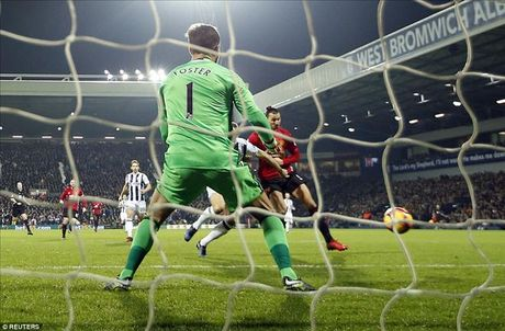 West Brom 0-2 Man United: Ai con dam che Ibrahimovic !? - Anh 3
