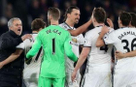 Ibrahimovic noi gi khi 2 lan na vao luoi West Brom? - Anh 4