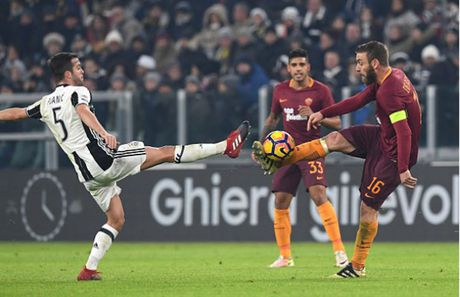 Higuain loe sang, Juventus tam thoi 'cat duoi' Roma - Anh 1