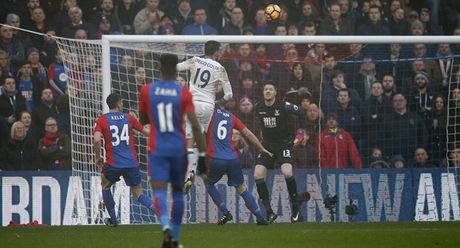 5 diem nhan Crystal Palace 0-1 Chelsea: The Blues noi mach toan thang - Anh 1