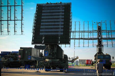 Lo mat radar bat may bay tang hinh dang bao ve Moscow - Anh 10