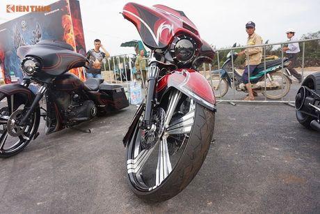 Dan choi Harley-Davidson 3 mien ram ro tien ve Sai Gon - Anh 11