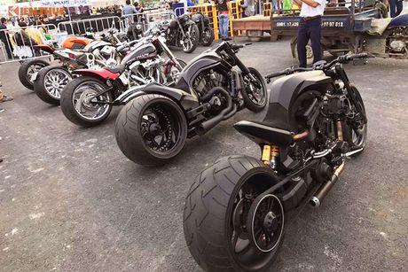 Dan choi Harley-Davidson 3 mien ram ro tien ve Sai Gon - Anh 5