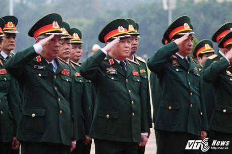 Lanh dao Dang, Nha nuoc vieng lang Chu tich Ho Chi Minh ky niem 70 nam Toan quoc khang chien - Anh 9